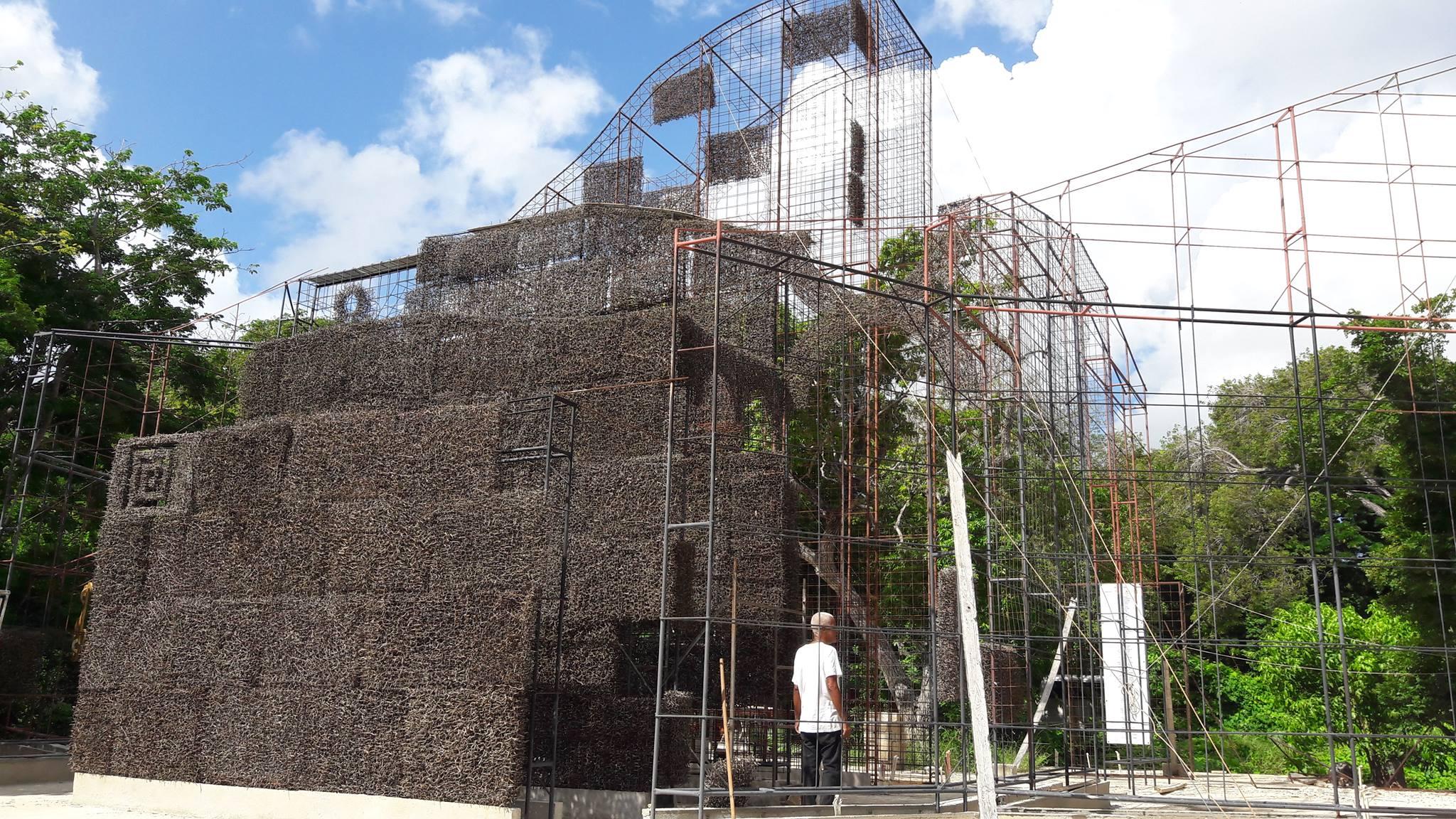 Kathedraal van Doornen in aanbouw